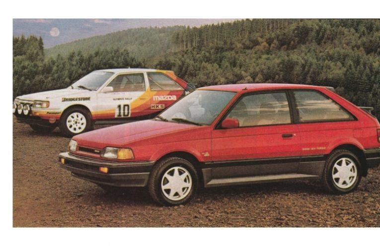 Mazda 323 GT-X ที่ยอดเยี่ยมในปี 1988 ซึ่งเป็น Hot Hatch ขับเคลื่อนสี่ล้อ