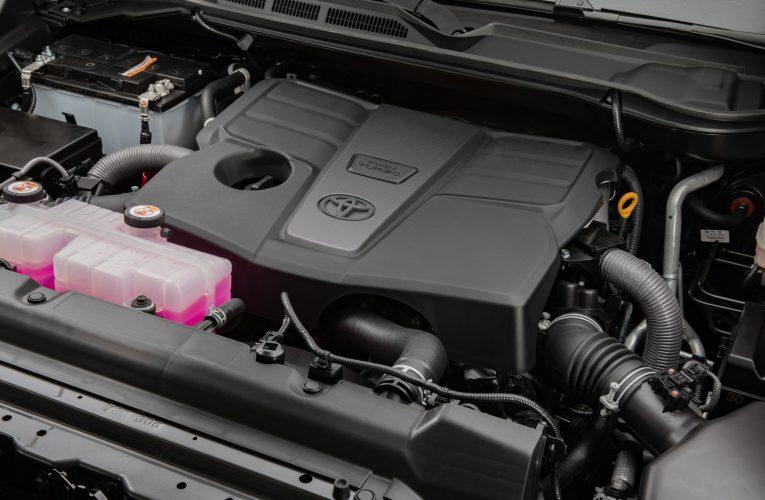 เครื่องยนต์ Toyota Tundra ปี 2022: อะไรคือความแตกต่าง?